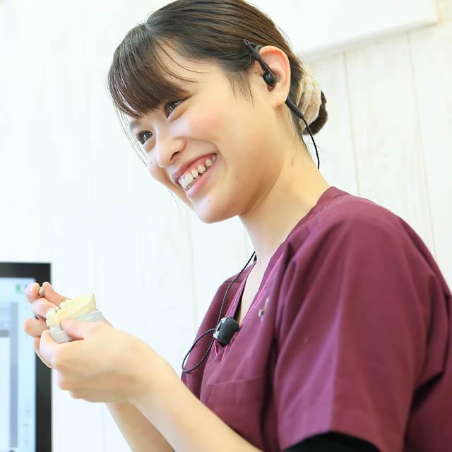 歯科助手1